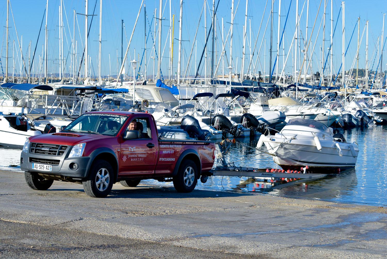 Service de Carène, reparation moteur, accastillage, chantier naval à Marseille au port de la pointe rouge