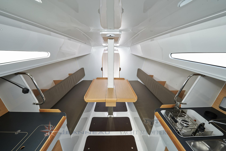 Voilier Jeanneau Sun Fast 3600, voilier croisière Marseille, Yacht Méditerranée.