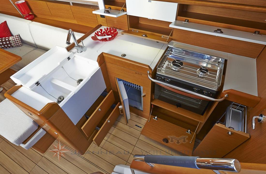 Voilier Jeanneau Sun Odyssee 41 DS, voilier à Marseille, Yacht Méditerranée.