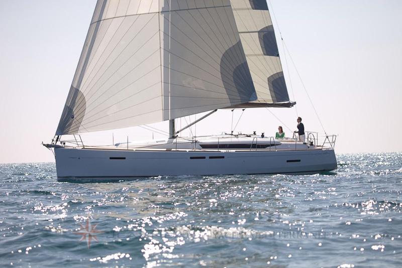 Bateau à voile Sun Odyssey 449 - Vente à Marseille bateaux Jeanneau - Yacht Méditérranée