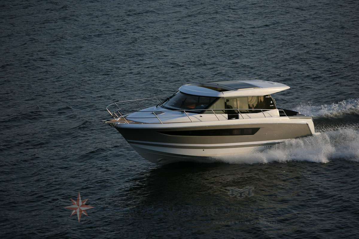 Jeanneau NC 11 Bateau moteur, vente de bateaux à Marseille - Yatch Méditerranée