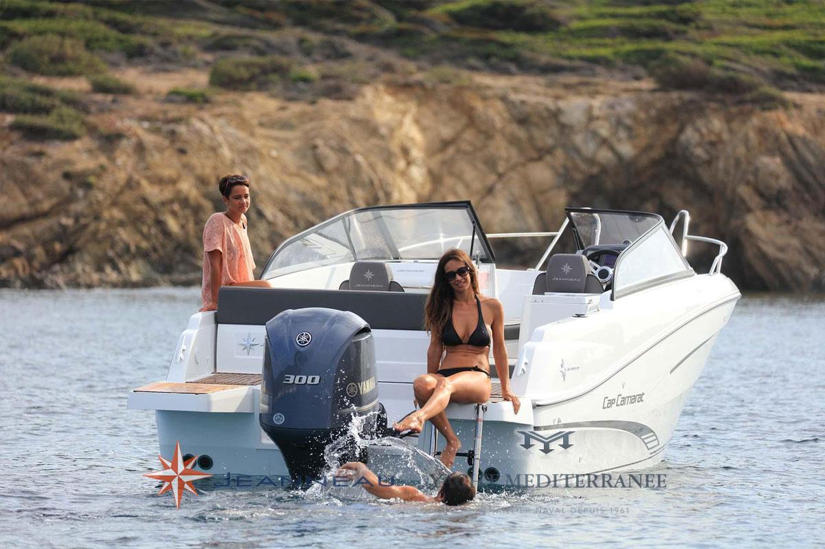 Le nouveau Cap Camara BR Bow Rider 7.5BR bateau moteur in board Jeanneau bateau à Marseille Yatch-Méditerranée