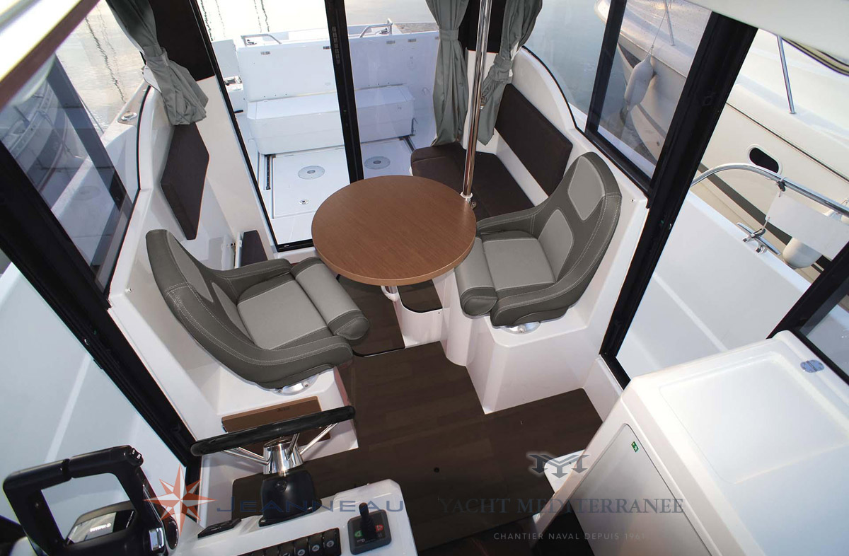 Bateau Hors bord Jeanneau Merry Fisher 875 Marlin – Yacht Méditerranée Marseille vente de bateaux neufs et occasions