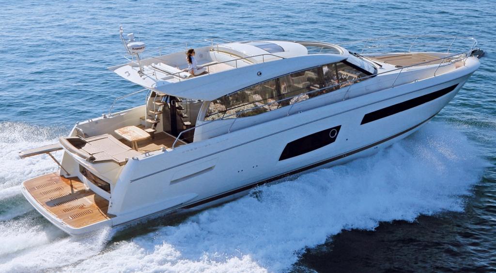 Yacht Prestige Coupé Line 560S – Yacht Méditérranée Marseille Cannes Nice Saint Tropez – Luxury Yachts