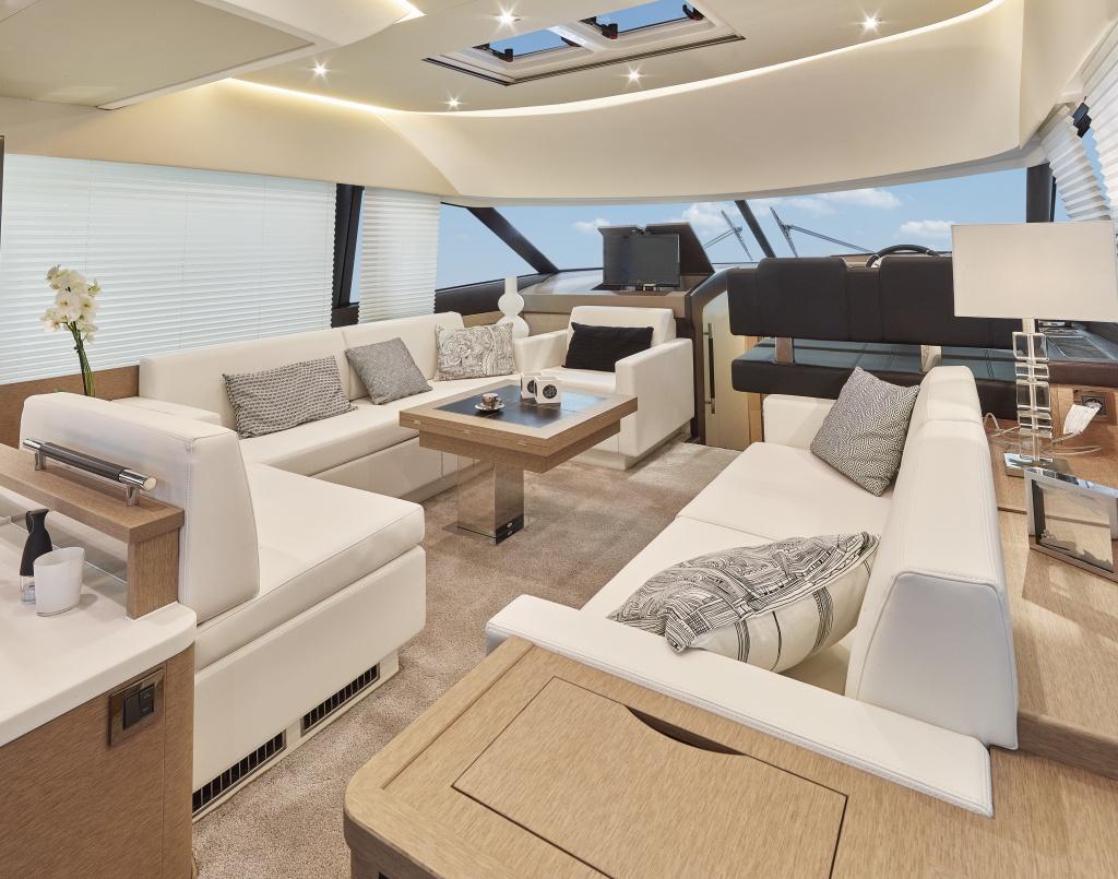 yacht prestige - flybridge prestige 500