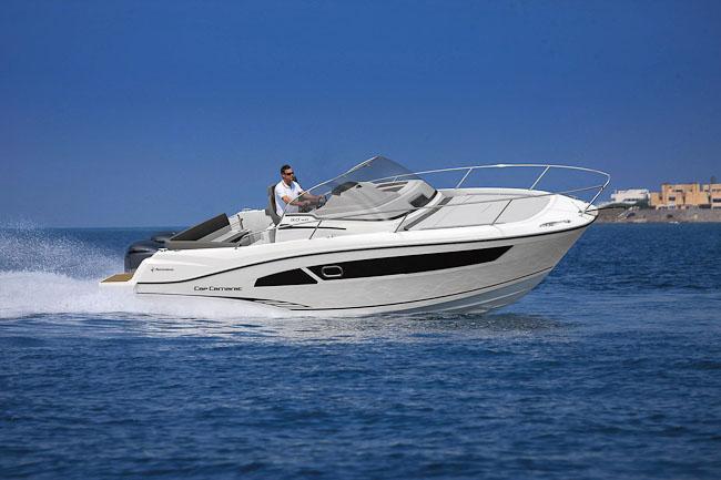 Essais clients Jeanneau et Prestige Cannes - Jeanneau Cap Camarat 90 WA - Yacht Méditerranée Marseille