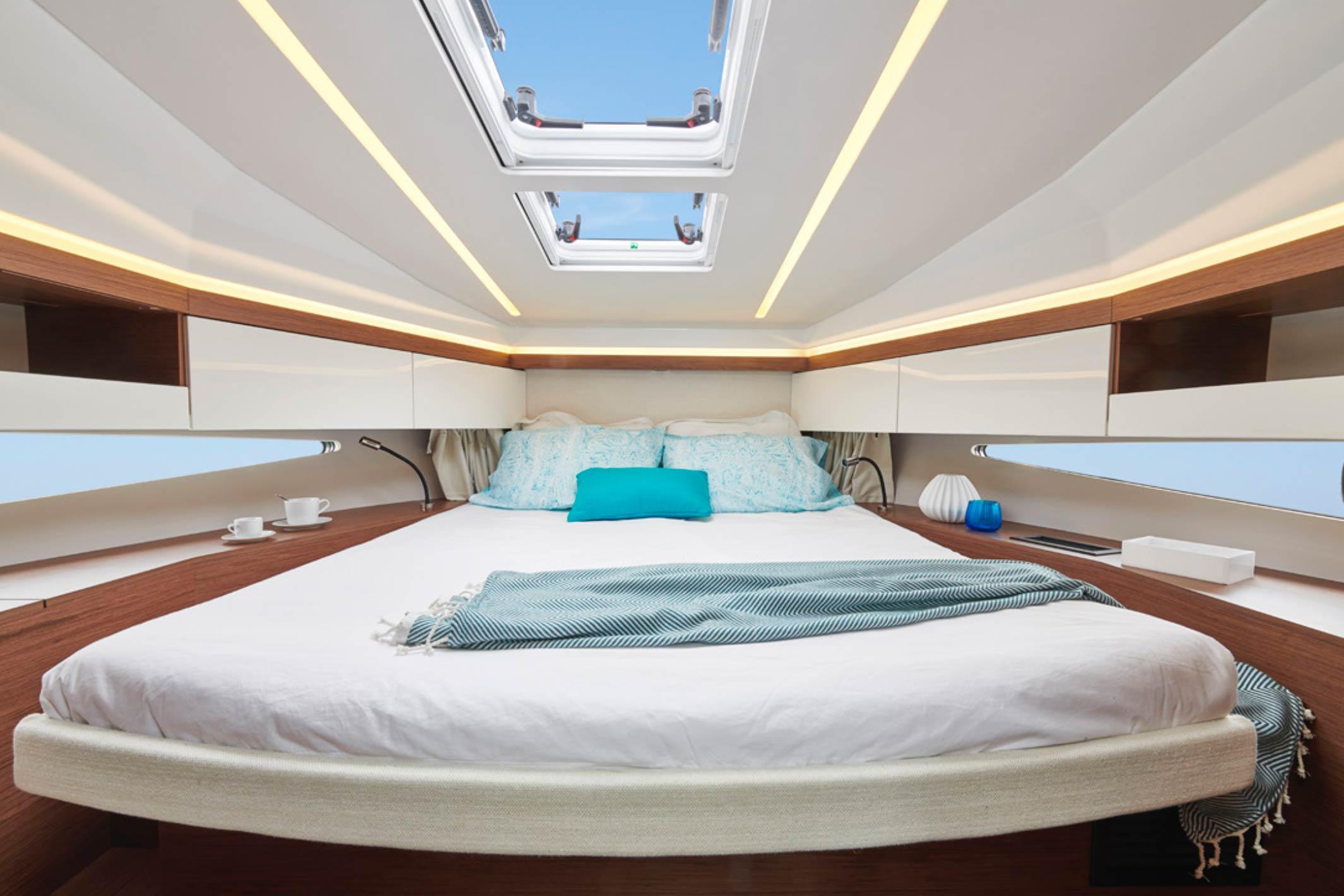 Vue intérieure Jeanneau NC37 nouveauté 2018 - Jeanneau Marseille - Yacht Méditerranée