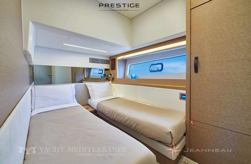 Luxury Yachts - Yacht Flybridge Prestige 590 Yacht Mediterranee Marseille