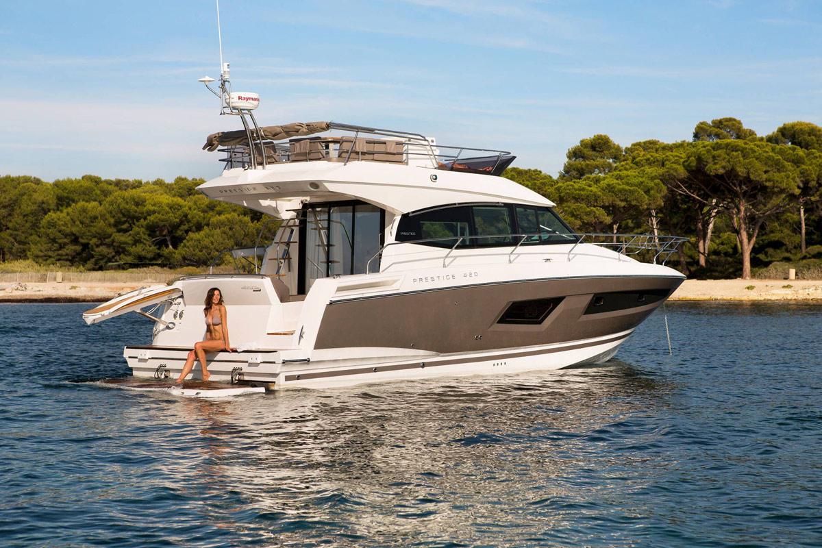 Prestige 420 Flybridge Yacht - Golfe-Juan