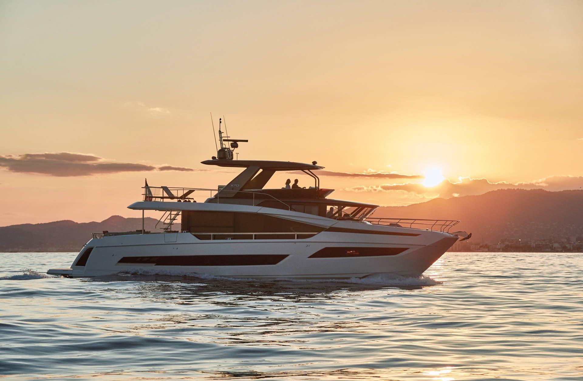 Yacht Prestige X70 X-Line Yacht Méditerranée Marseille - Luxury yachts